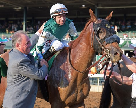 Correas Blue Prize Take Momentum Into Breeders Cup