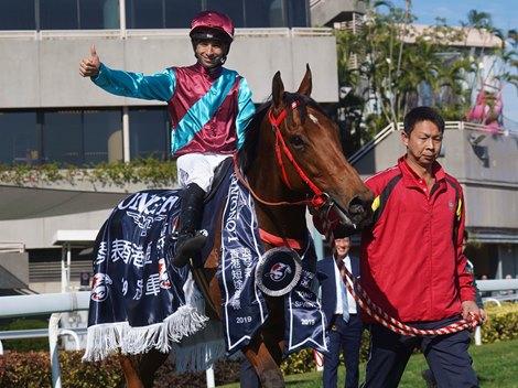Defending Champs Fall in Hong Kong International Races