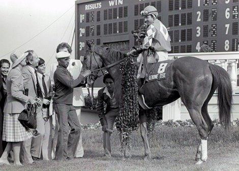 Genuine Risk wins the 1980 Kentucky Derby